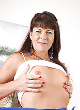 Tight bodied MILF peels off her clothes after housework